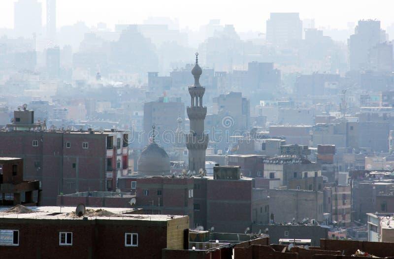 Nevelige wazige luchtvoorwaarde over Kaïro in Egypte royalty-vrije stock foto