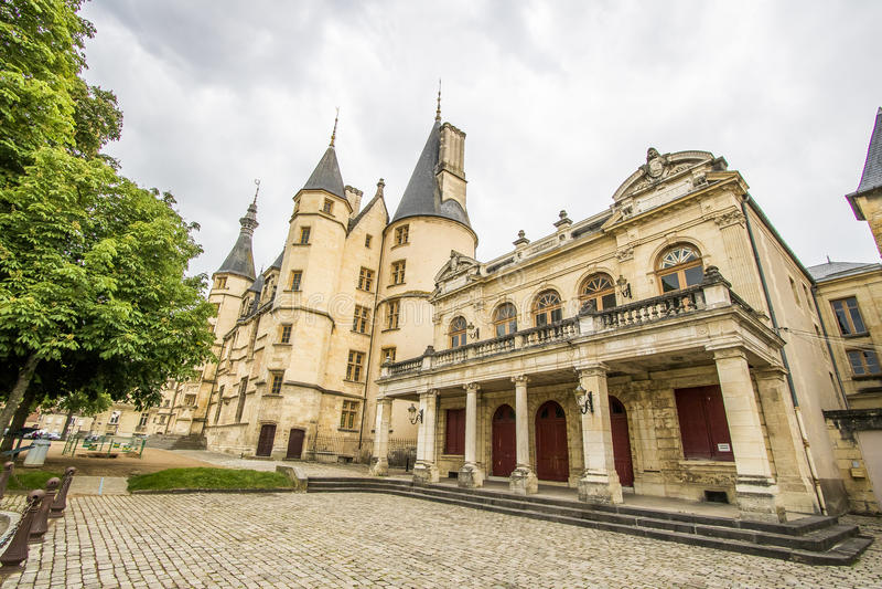 Nevers, Bourgogne, Frankrijk stock foto's
