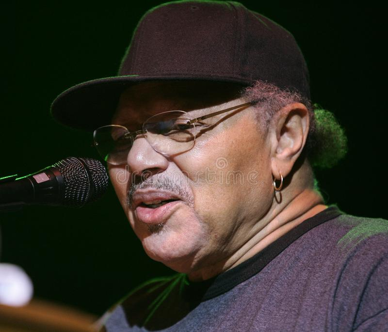 Neville Brothers Perform no concerto imagens de stock royalty free