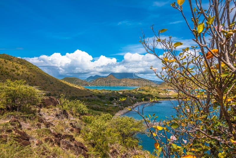 Nevis sobre além imagem de stock royalty free