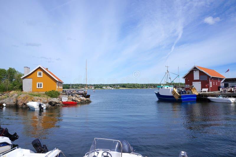 Nevlunghavn村庄,拉尔维克自治市,挪威 免版税图库摄影