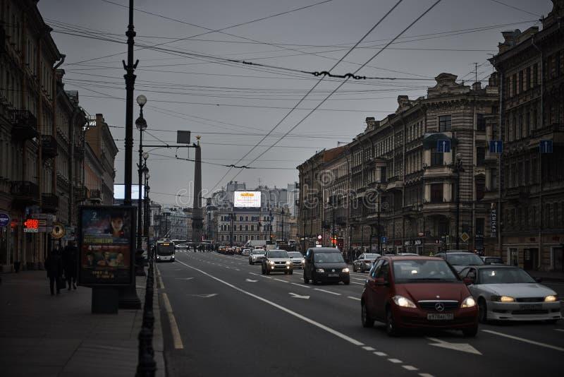 Nevskiy prospekt przy świętym Petersburg, Rosja zdjęcie royalty free