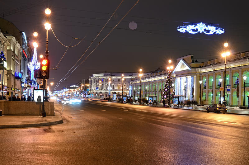 Download Nevsky Prospect In Evening Illumination Editorial Stock Image - Image: 28808944