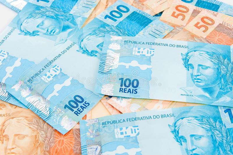 New Brazilian Money. New brazilian currency - Fifty and one hundred Real