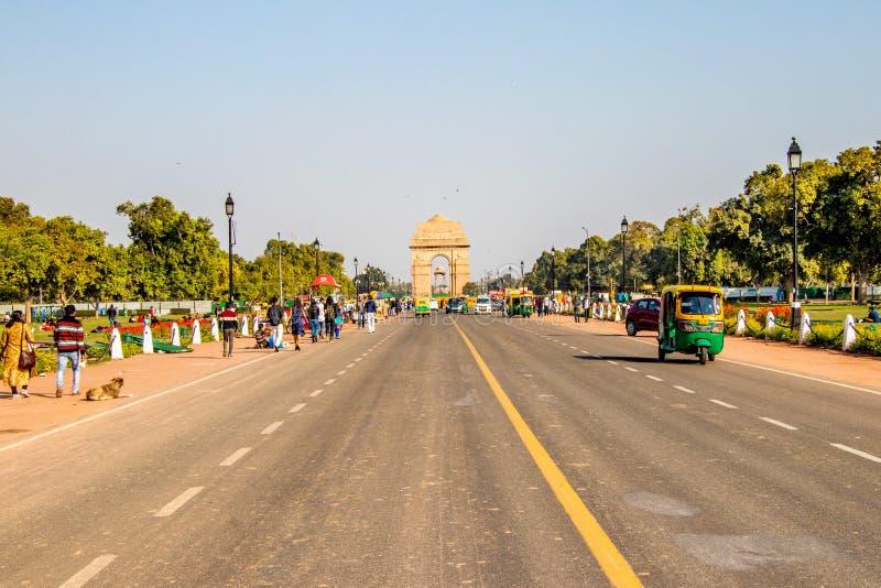 New Delhi Indien - Februari, 2019 India Gate är en krigminnesmärke i New Delhi royaltyfri fotografi
