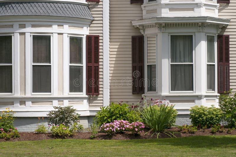 New England husfönster royaltyfri fotografi