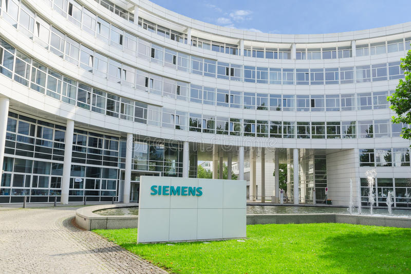 New headquarters office building of Hi-Tech company Siemens AG royalty free stock photos