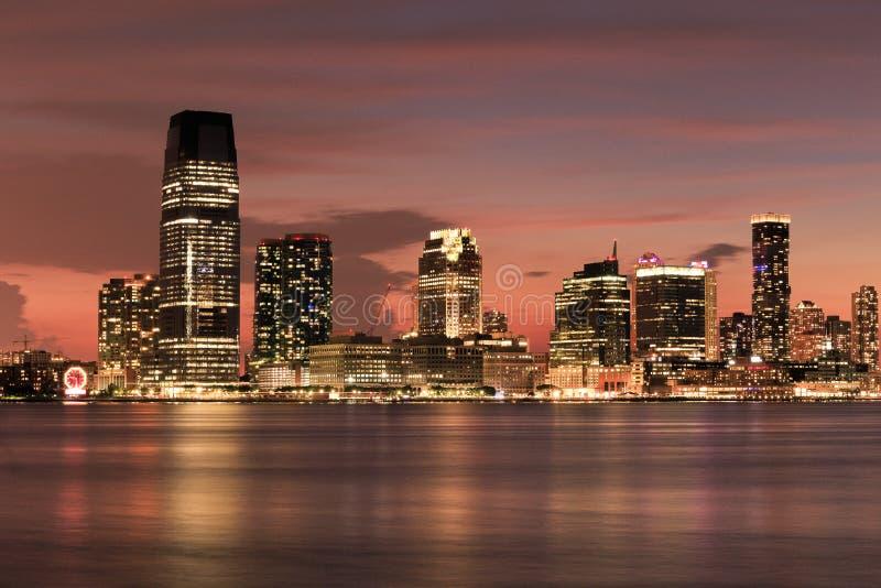 New-Jersey Skyline - Ansicht von Südstraße Seehafen - New York stockfotos