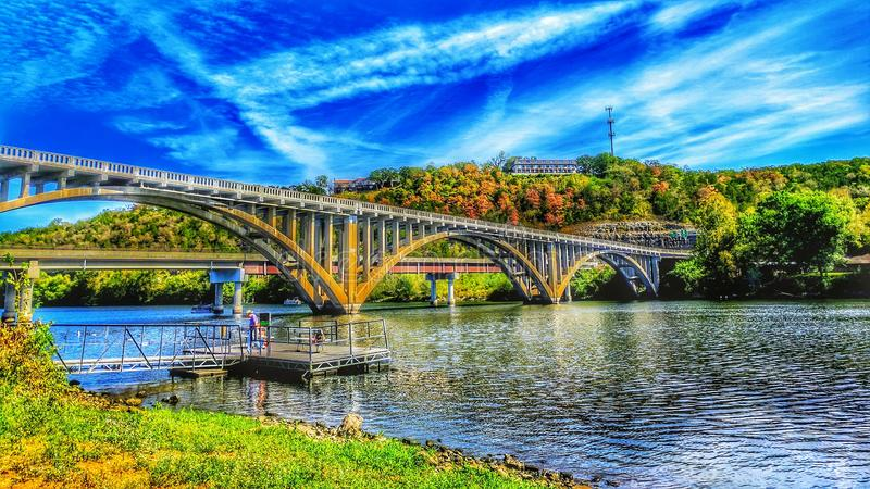 New and Old Taneycomo Bridge in Hdr. royalty free stock photo