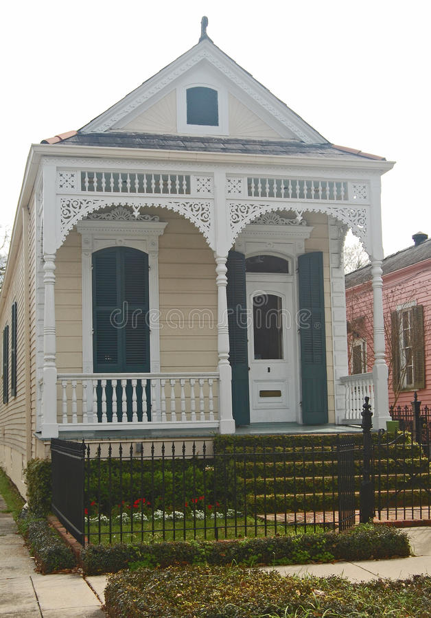 Download New Orleans Single Shotgun House Editorial Photo   Image Of  Yellow, Shotgun: 56666156