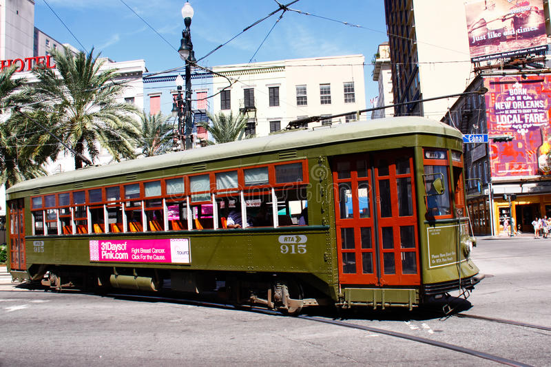 New Orleans St. Charles Street Car Along Canal St. royalty-vrije stock afbeeldingen