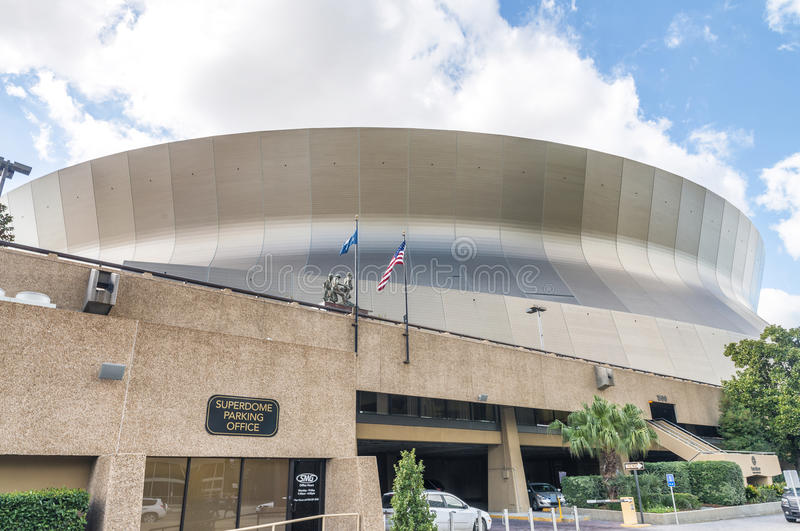 NEW ORLEANS, USA - FEBRUARY 2016: Mercedes-Benz Superdome on a s stock photos
