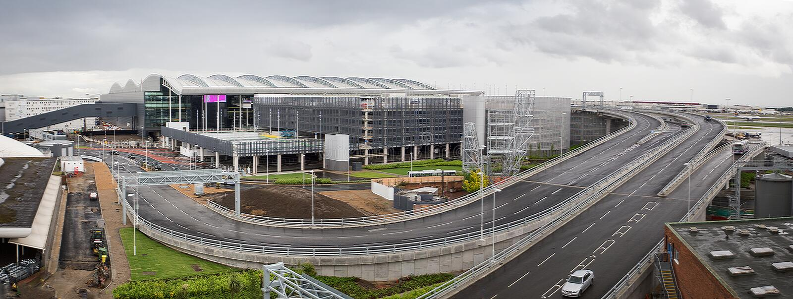 New Terminal 2 at Heathrow Airport Opens. Panorama showing the the new £2.5 billion Terminal 2 (Queens Terminal )at Heathrow Airport on its opening day 4 Jun stock photography