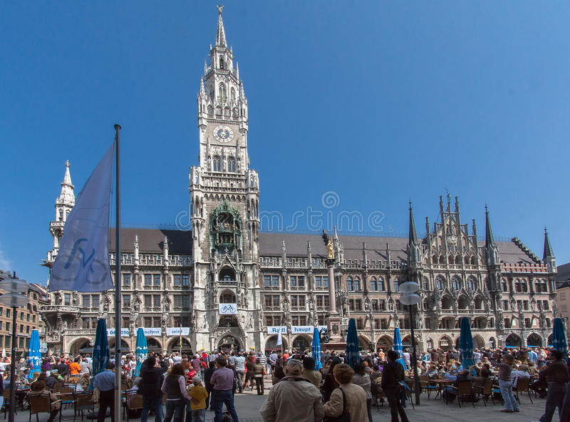 Download New Town Hall Munich Germany Editorial Image - Image: 25803045