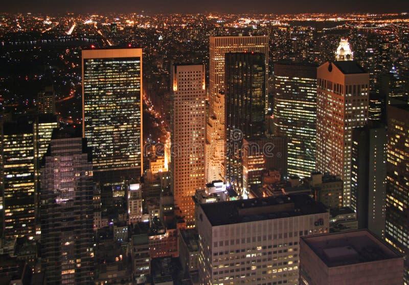 New York bij nacht stock afbeelding