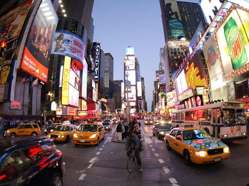 New York Broadway alla notte fotografie stock