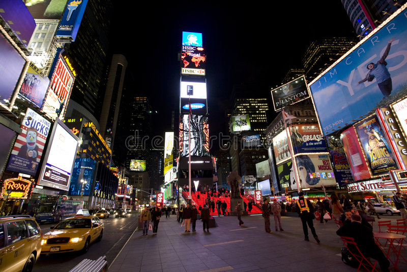 New York Broadway na noite fotografia de stock royalty free