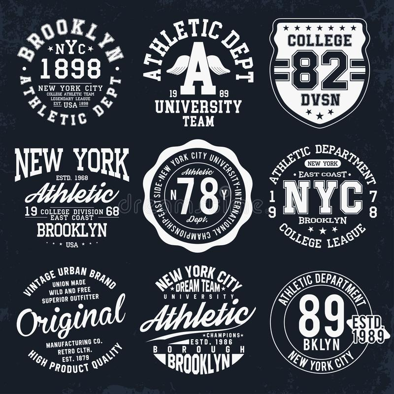 New York Brooklyn typografi, emblem ställde in för t-skjorta tryck Universitets- stilt-skjorta diagram stock illustrationer