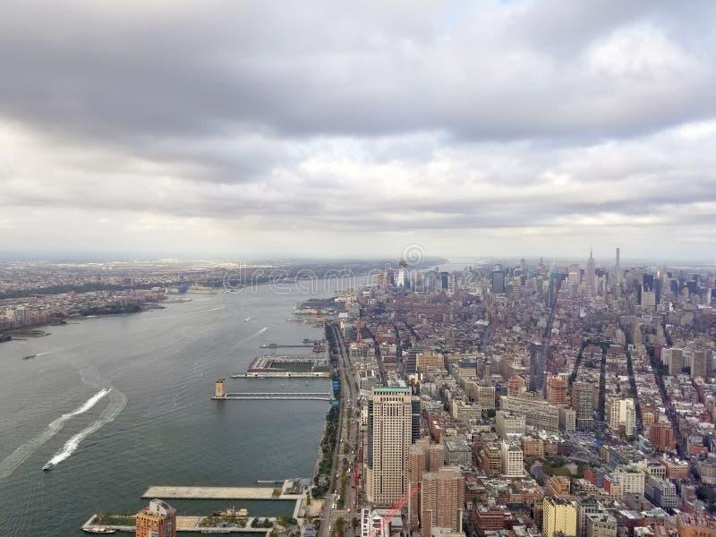 New York City Belle vue aérienne de Manhattan Sun au-dessus de buil images stock