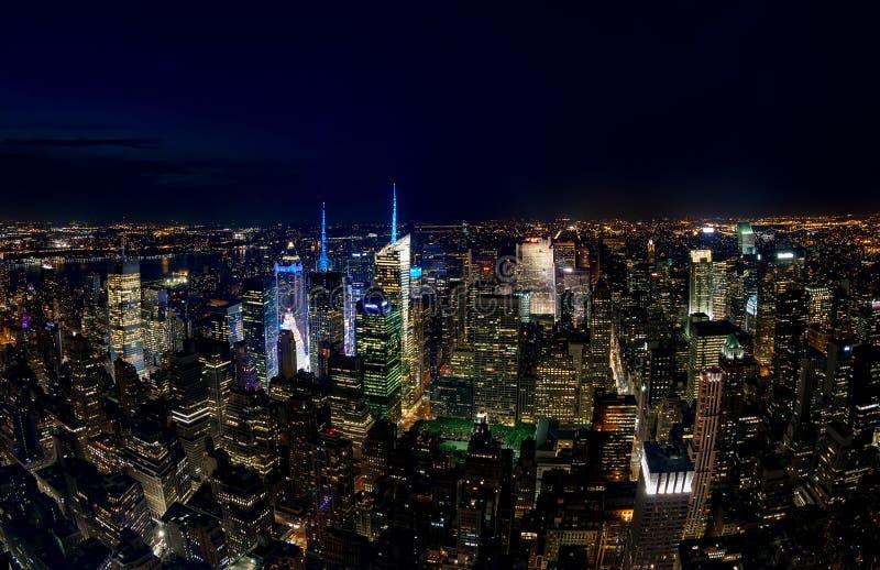 New York City, Etats-Unis - 19 juillet : Vue aérienne de Manhattan la nuit photographie stock