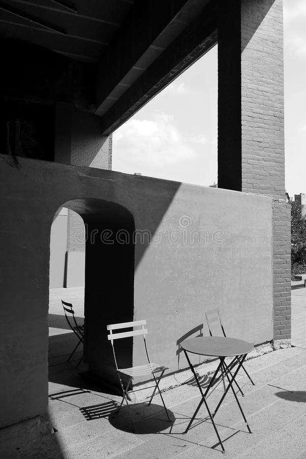 New York City: Highline urban park outdoor table chairs stock image