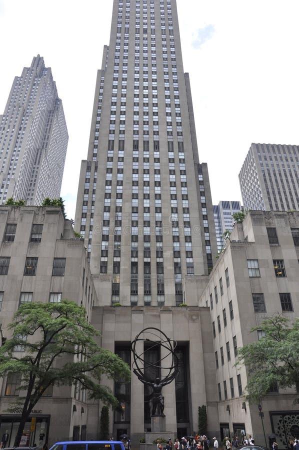 New York City, am 2. Juli: Rockefeller-Mitte mit Atlas-Statue in Manhattan von New York City in Vereinigten Staaten lizenzfreie stockfotos