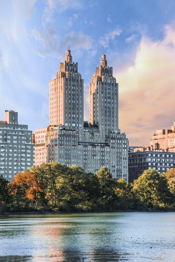 New York City les appartements d'Eldorado s'approchent du Central Park photos stock