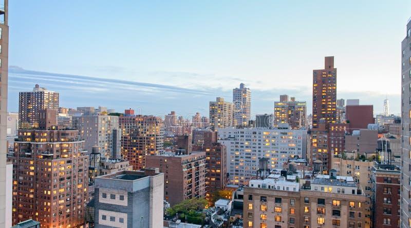 New York City, los E Opinión aérea asombrosa de Manhattan en la puesta del sol fotos de archivo