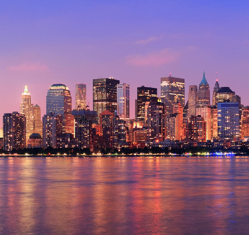 Free New York City Manhattan Dusk Panorama Royalty Free Stock Image - 23792666