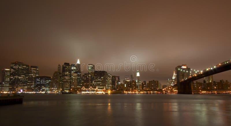 New York City nachts stockbild