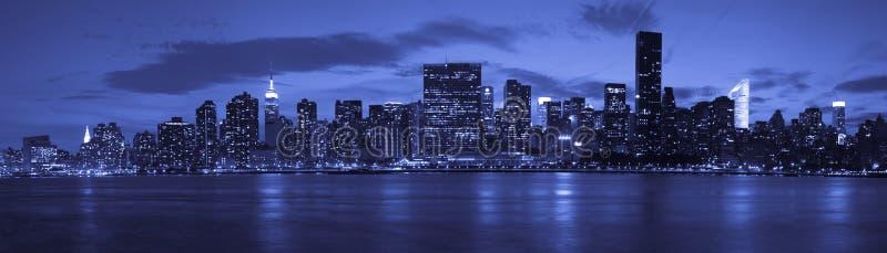New York City no crepúsculo imagens de stock royalty free