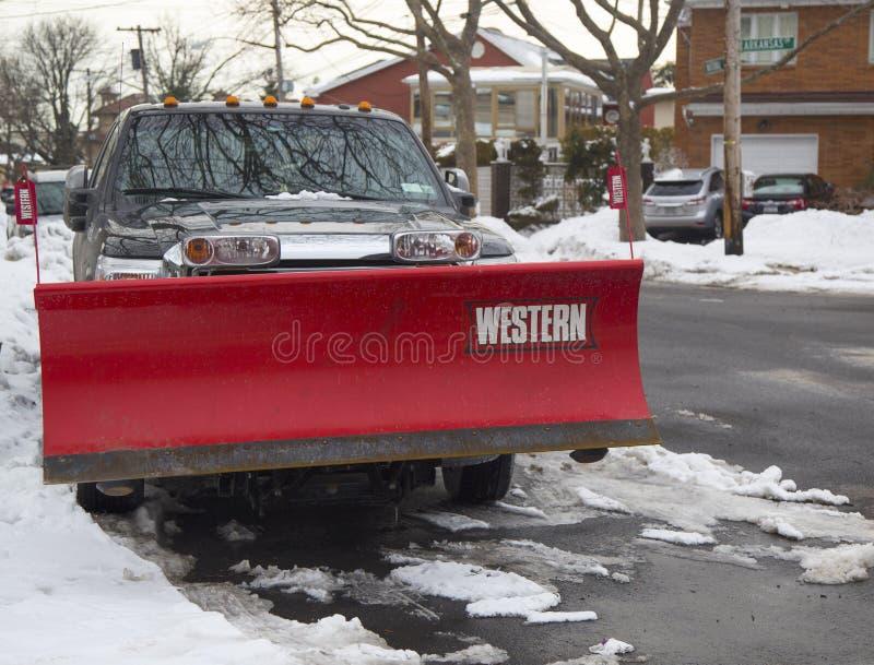 New York City prêt pour nettoient après que les tempêtes de neige massives heurte au nord-est photographie stock libre de droits