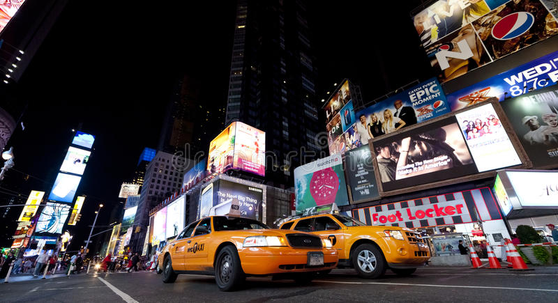 Download NEW YORK CITY - SEPT 18: Times Square Editorial Photography - Image: 26891907