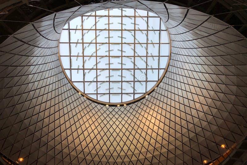 New York City USA - Juli 19, 2018: Design av taket av Fulton Center i lägre Manhattan arkivbild