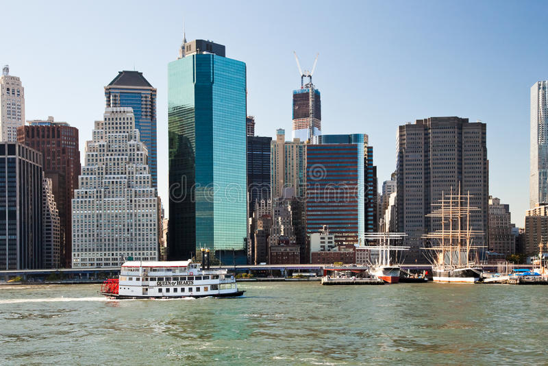Download NEW YORK CITY, USA - Paddle Wheel Queen Of Hearts Steamboat Editorial Photography - Image: 33181837