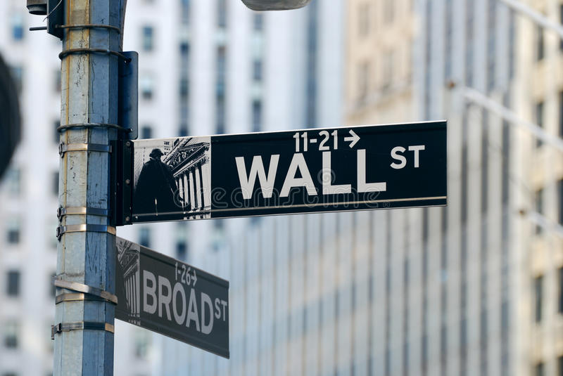 Download New York City Wall Street editorial photo. Image of financial - 17628601