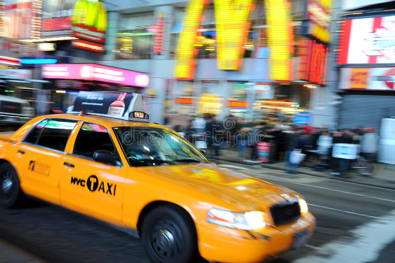 New- York Cityrollen, gelbes Fahrerhaus lizenzfreie stockfotografie