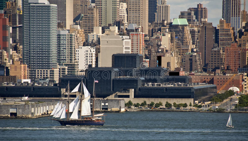 New York Cityscape Over The Hudson River Royalty Free Stock Photography
