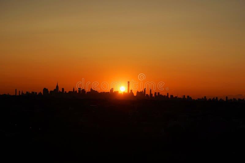 New- York Cityskylinepanorama bei Sonnenuntergang lizenzfreies stockfoto