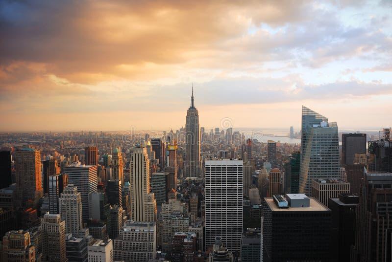 New- York Citysonnenuntergang lizenzfreie stockfotos