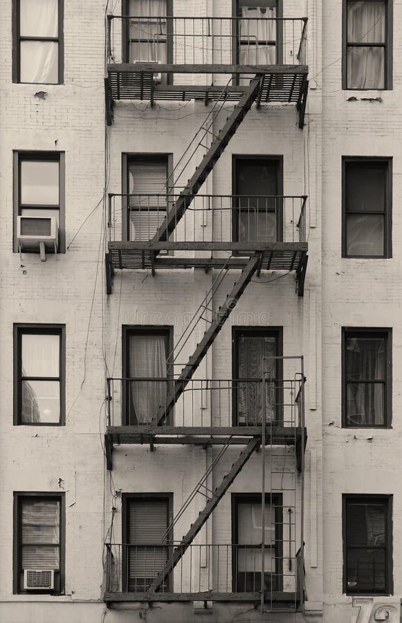 New- York Citywohnungstreppenhaus Schwarzweiss lizenzfreie stockfotografie