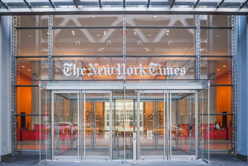 NEW YORK, DE V.S. - 24 FEBRUARI, 2018: Hoofdingang van de beroemde New York Times-krant in Manhattan van de binnenstad royalty-vrije stock foto's