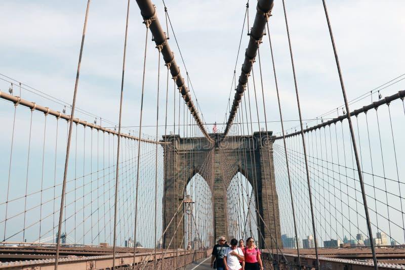 New York, de V.S. - 2 September, 2018: Pijler van de Brug van Brooklyn in de Stad van New York, uitstekende stijl, Manhattan, New stock afbeeldingen
