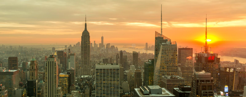 New York - DECEMBER 20, 2013: View of Lower Manhattan on Decembe stock photos