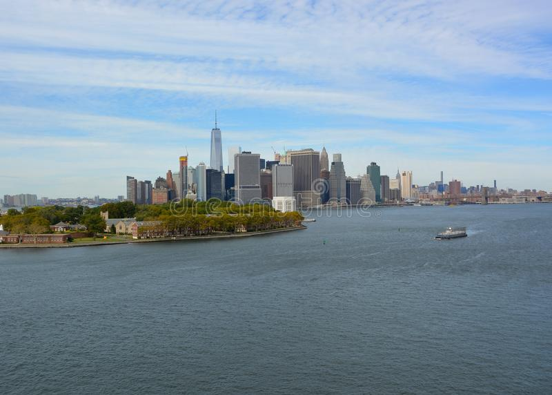 New York East River scenics arkivbild