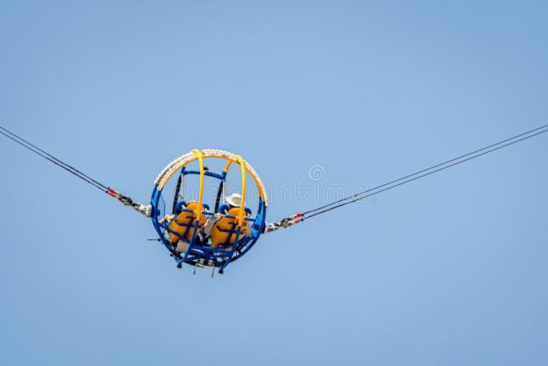 New York, Etats-Unis - 22 juin 2019 : Le parc d'attractions de Luna Park chez Coney Island à New York City Attraction de tir de b image libre de droits
