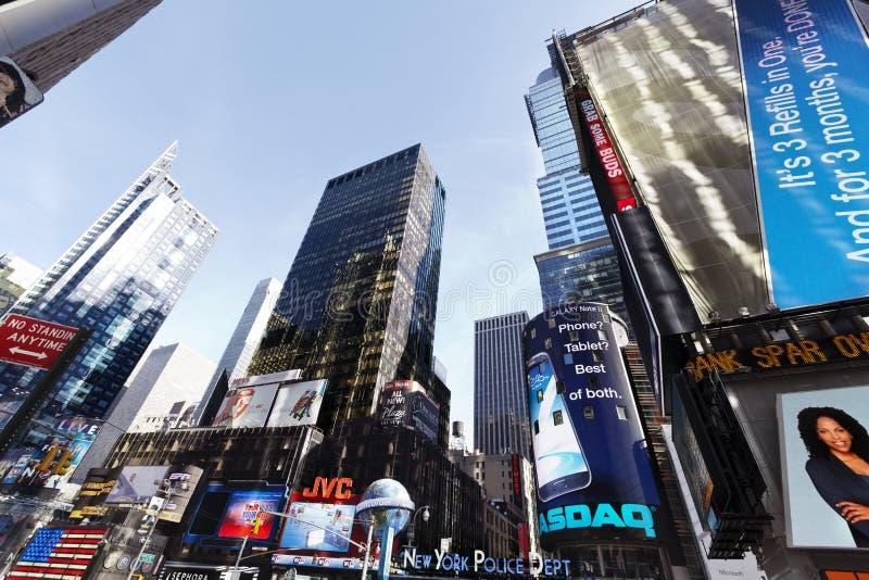 Download Grandes ângulo Arranha-céus Manhattan Do Times Square Foto de Stock Editorial - Imagem de sinal, novo: 29827833