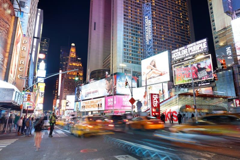 NEW YORK, EUA - 12 DE ABRIL: A arquitetura dos tempos famosos S fotos de stock