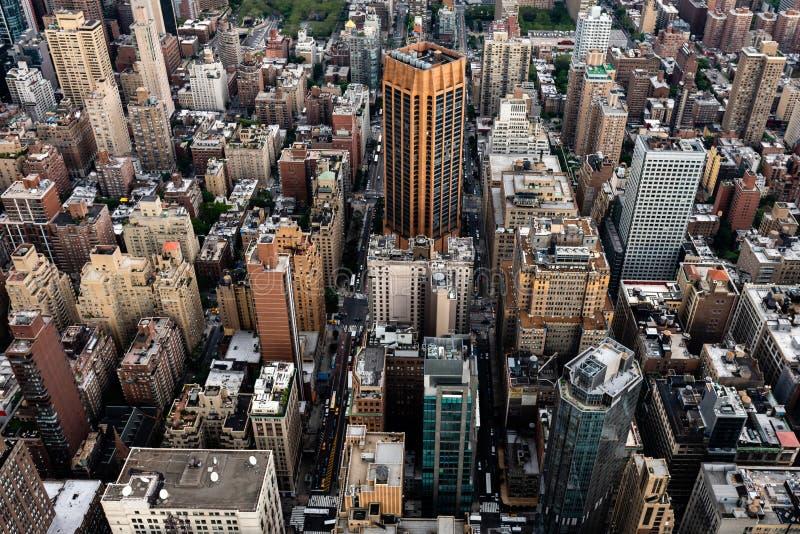 New York, EUA - 6 de junho de 2019: New York City Vista aérea panorâmico maravilhosa de arranha-céus do Midtown de Manhattan - im imagens de stock royalty free