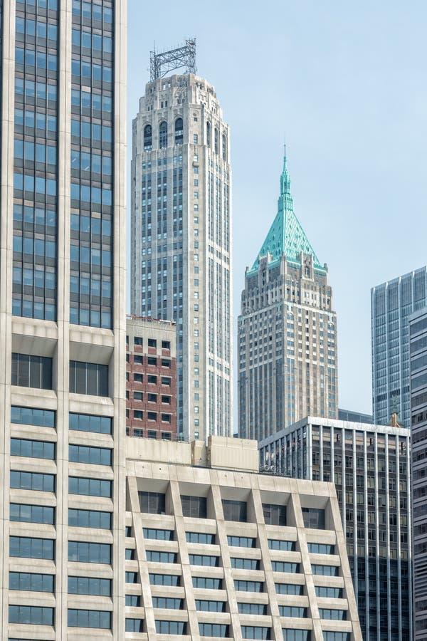 NEW YORK - EUA - 11 de junho de 2015 - construções modernas do heliporto imagens de stock royalty free